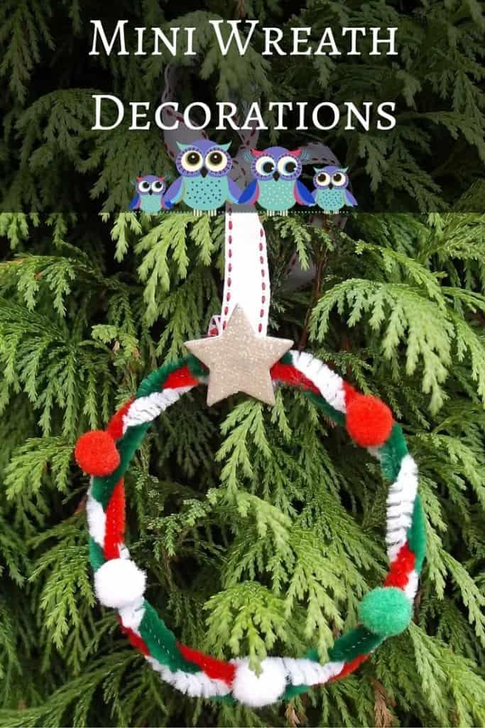 Christmas Mini Wreath Decorations